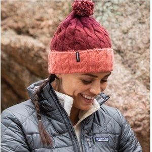 NWT!!  Women's Patagonia Pom beanie!